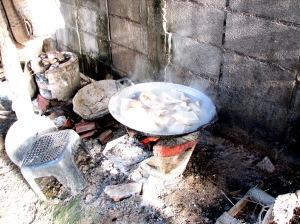 Kab Moo cooking
